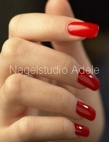 nagels met nagellak of met gelpolish